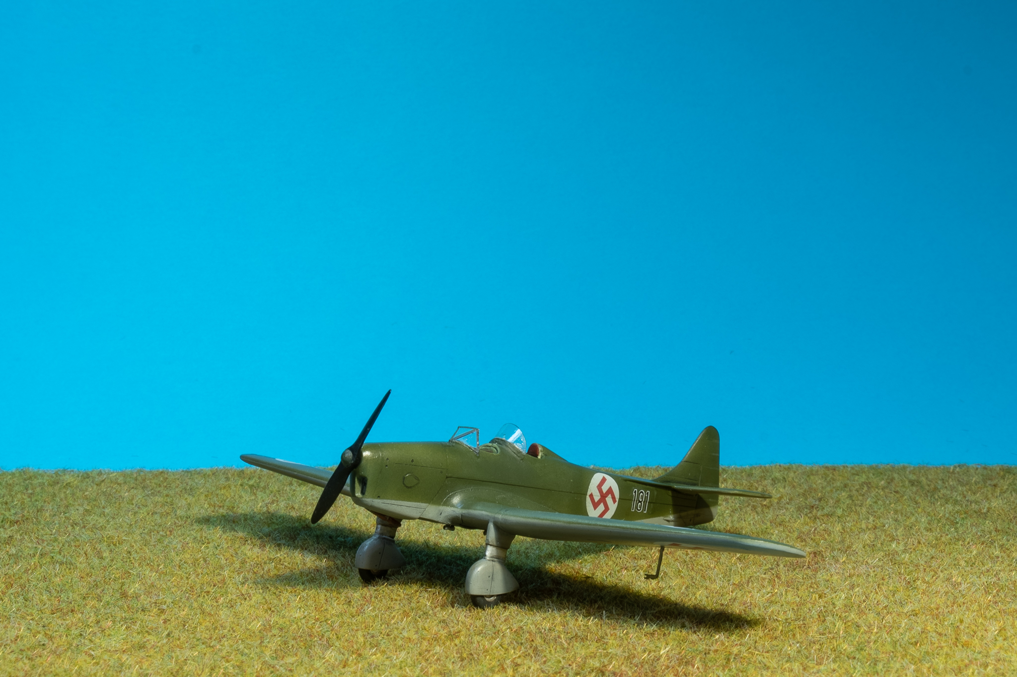 Miles Magister - RS Models 1/72